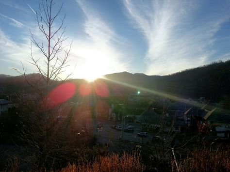 Sunset in downtown #Gatlinburg    Call Pat Kirchhoefer, owner of cabins at 618-559-3915   #vacay #vacation #mountains #greatsmokymountains #tennessee #GSMNP #travel #nature #hiking #wildlife #scenery #family #views #familytime #getaway #forest #trees #smokymountains #cabin #vacationrental #themountainsarecalling