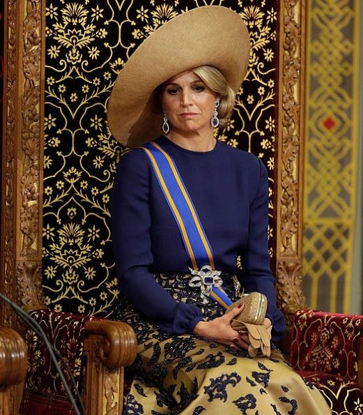 20 September 2016 - Queen Maxima and King Willem at the Prinsjesdag 2016 - dress by Claers Iversen