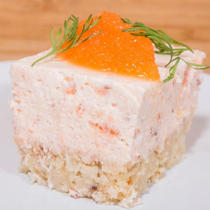 Laxcheesecake med löjrom