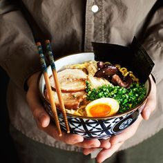 Homemade Tonkotsu Ramen by honestcooking: Once you have fallen in love with the comfort food, ramen, then it it time to learn to make it. Learn the tips to the best broth and all the toppings,  too. #Noodle_Soup #Ramen