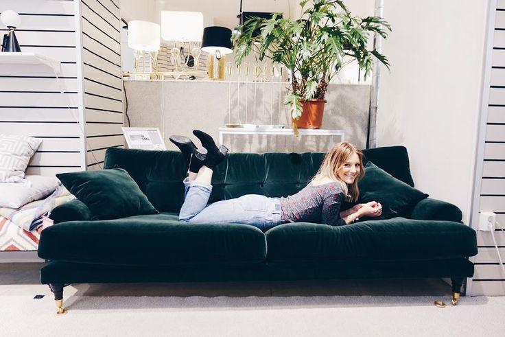 vanja wikström sammetssoffa the sofa store