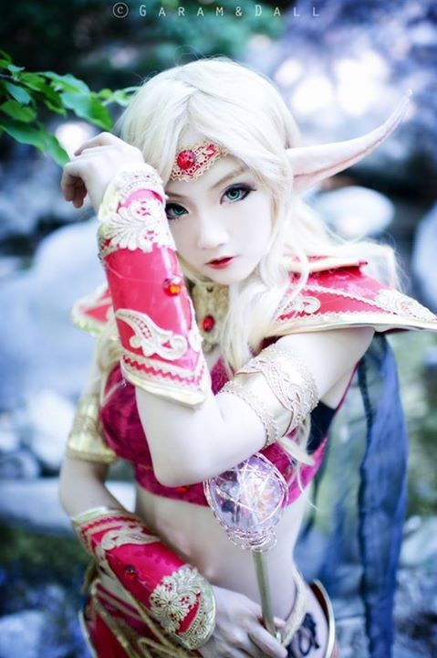 Aza Miyuko Blood Elf Priest コスプレ写真 - WorldCosplay
