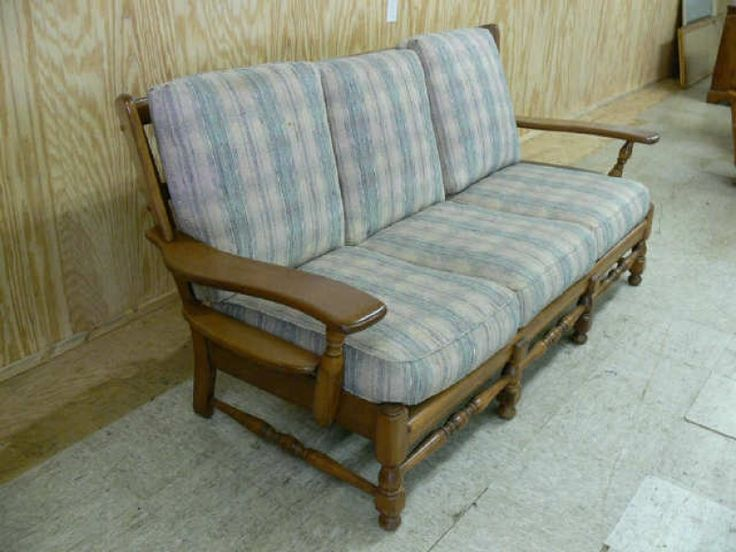 Early American Style Sofas American Sofa Early American Style