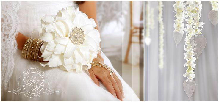 Glamelia bride bouquet by Frezia Fleur