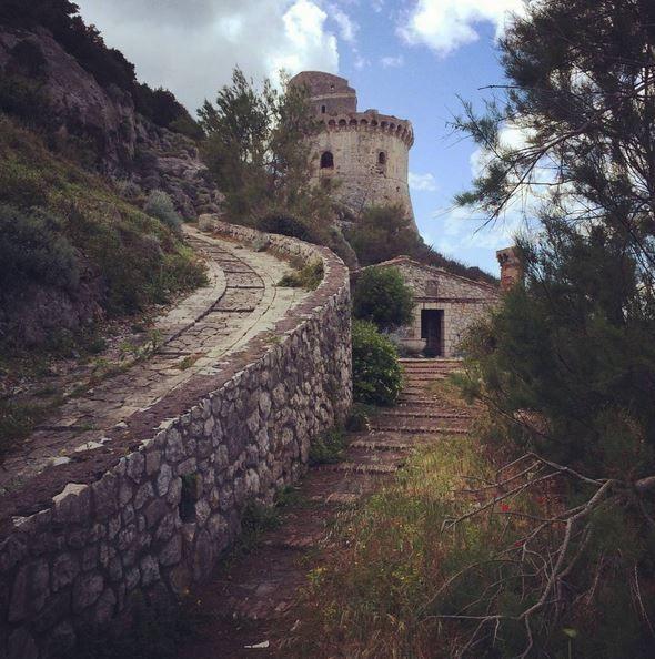 Torre Paola, Sabaudia, Latina