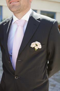 Melle Anais, fleuriste à Vannes. Vos plus belles fleurs de mariage.