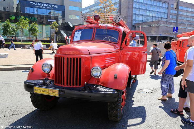 90-летие Московского автобуса. Выставка-парад, часть вторая (9 августа 2014 года) - Night City Dream