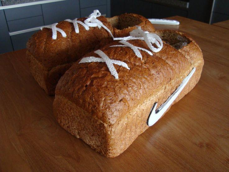 DIY Sint surprise. Voor als je alleen nog tijd hebt om vandaag naar de supermarkt/bakker te gaan;)