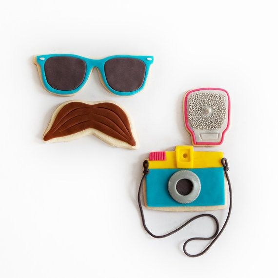 Paparazzi cookies..: French Braids, Hipster, Sugar Cookies, Cookies Decor, Decor Cookies, Summer Fun, Gifts Boxes, Fun Cookies, Cute Cookies