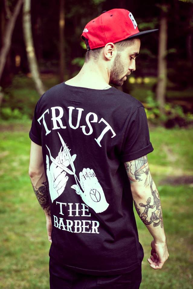 IN STOCK --> http://wepeaceit-apparel.pl/shop/65-tees-pocket-hairdresser.html