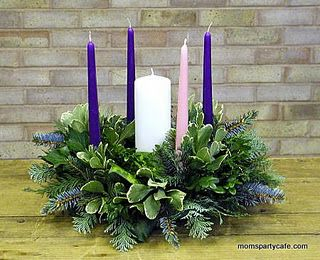 A great explanation for an easy Advent wreath. Lot of good information. I have an Advent wreath but it is nice to see it all written out in one place!!
