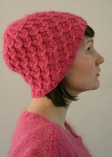 free #knitting patterns for this Waffel Hat