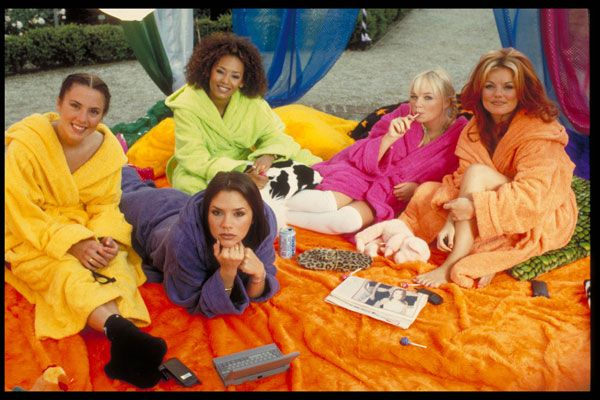 26 Flawless Photos In Honor Of Spice World's 17th Birthday