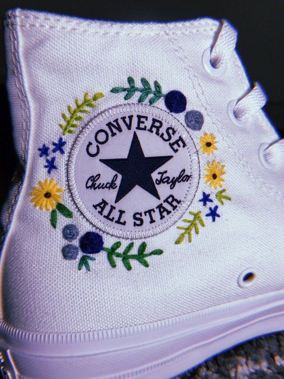 Floral Embroidered Converse | Etsy | Diy shoes