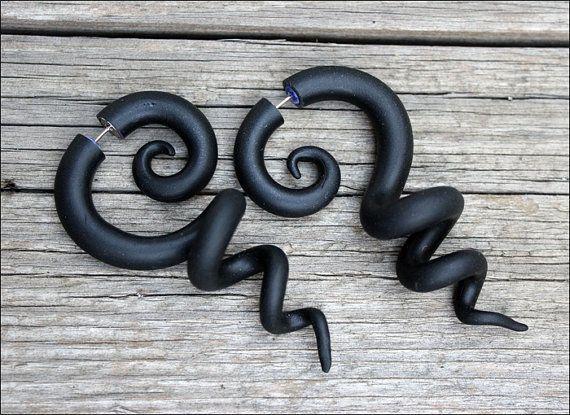 Negro calibre pendientes negro falsos medidores enchufes
