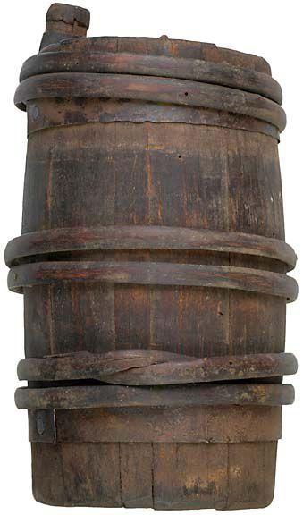 Colonial Revolutionary War Powder Keg (1775). American Revolutionary War
