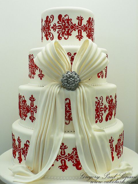 I love the bold red on the white. - Brooch 'n' Bow. by Cake Lush by Greggy Soriano, via Flickr