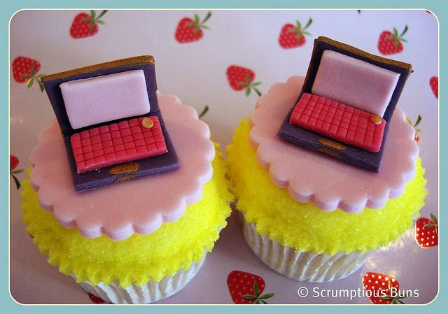 Laptop Cupcakes. Laptops are expensive but very mobile and usefull...