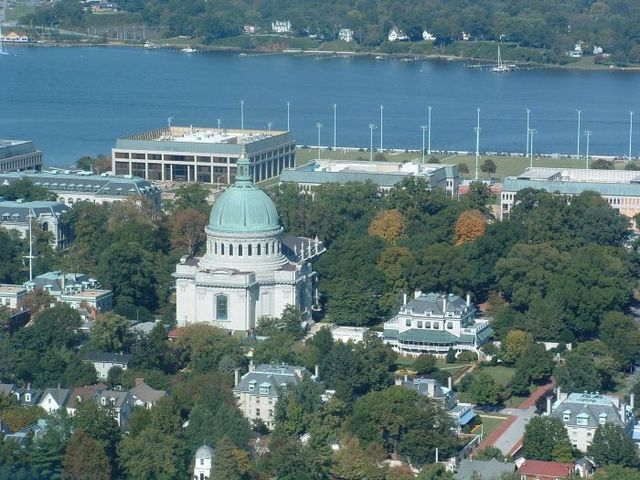 The Naval Academy is a must see attraction in Annapolis, MD, Learn about public tours of the U.S. Naval Academy, attractions, visiting tips and more.