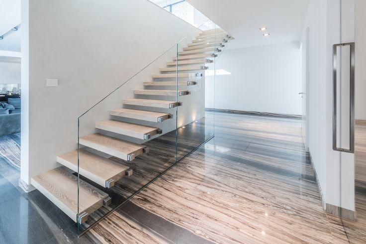 #zlem #zlempl #schody #schodywewnetrzne #dom #inspiracje #interior #nowydom #wystrój #mójdom #nowoczesne #nowoczesneschody #konstrukcjestalowe #schodystalowe #budujemydom #budowa #noweschody #balustrady #balustradywewnetrzne