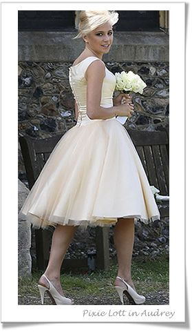 stunning vintage bridesmaid dress