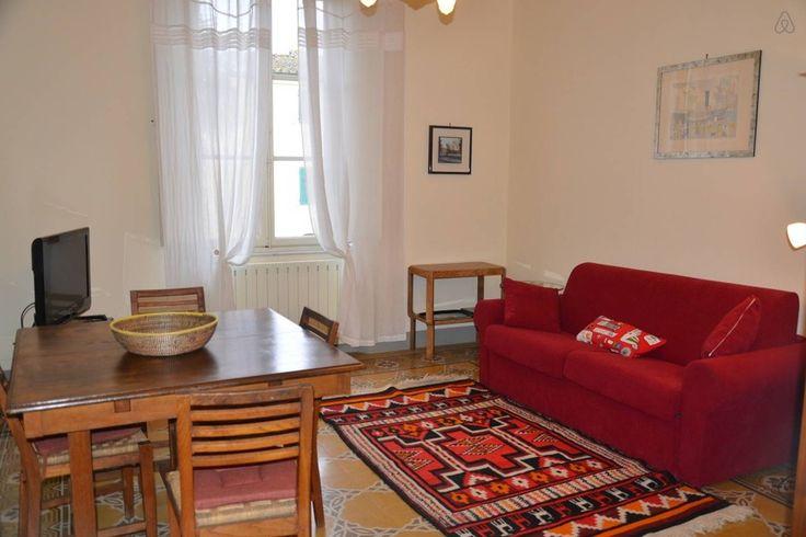 Apartment in lucca italy al primo piano di un bell for Piani casa 1800 a 2200 piedi quadrati