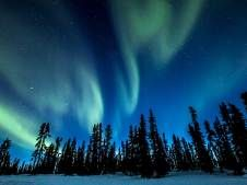 Mira este top 5 de dónde ver auroras boreales en más los destinos populares al rededor del mundo como Canadá, Finlandia, Islandia y Noruega.
