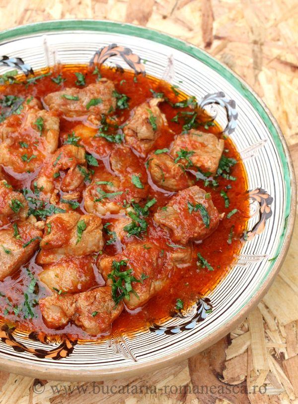 Tocanita din carne de porc , o reteta rapida si delicioasa! http://www.bucataria-romaneasca.ro/retete-culinare/tocanita-din-carne-de-porc.html