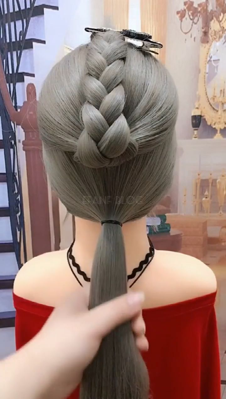 Hair style suitable for 35 year old women