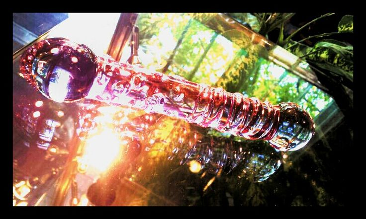Hmmm what to do on a sunny afternoon?? #glassdildo #relax #pyrex #enjoytheride