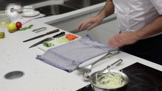 How to make straw potatoes with Martin Wishart - Great British Chefs
