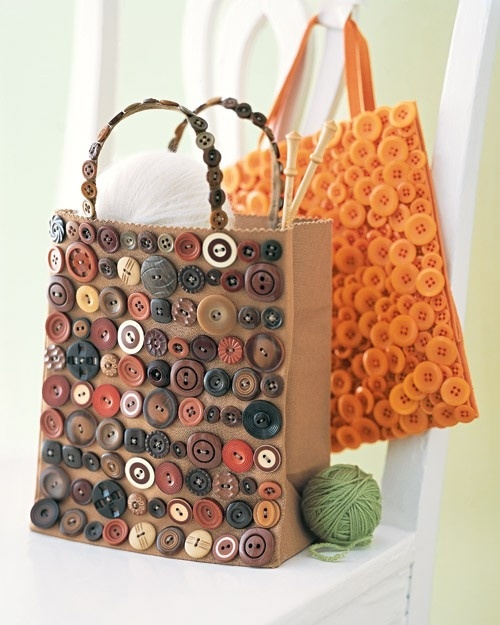 DIY bag buttons craft by Layla
