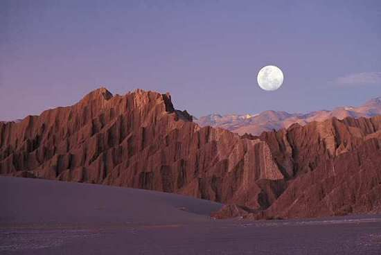 Valle de La Luna, in the middle of the San Pedro Desert in Northern Chile