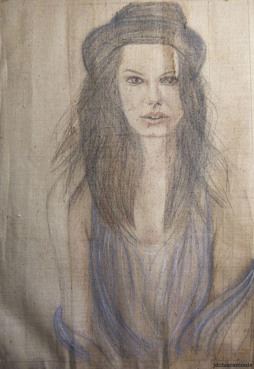 Daria Werbowy crayon noir et pastels Sennelier à l'huile sur toile de jute brute 100/75cm non encadrée et sans chassis