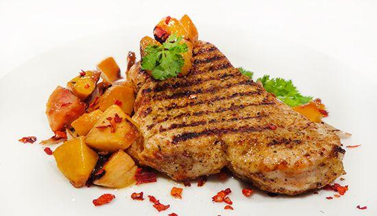 Стейк из индейки по каджунски с персиковой сальсой (Cajun Turkey Steak with Peach Salsa)