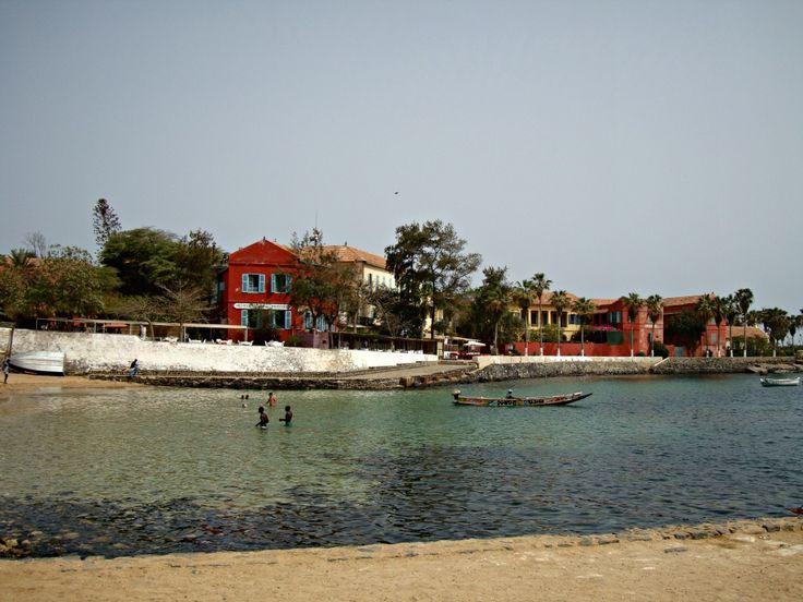 Plage Île de Gorée- Blog Voyage Trace Ta Route www.trace-ta-route.com  http://www.trace-ta-route.com/senegal-escapade-dakar/  #tracetaroute #senegal #goree