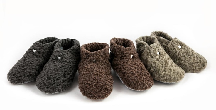 So cute! NZ made lambskin baby booties lined with woolly innersoles. Sizes from 3 month to 27 month old babies. Real leather mini baby shoes by Gorgeous Creatures www.gorgeouscreatures.co.nz