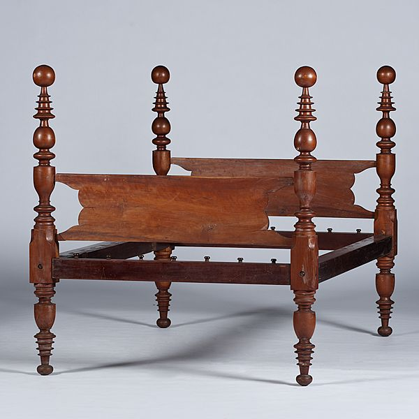 Elegant Kentucky, 19th Century. A Four Post Cannonball Rope Bed In Cherry With Bold  Turnings