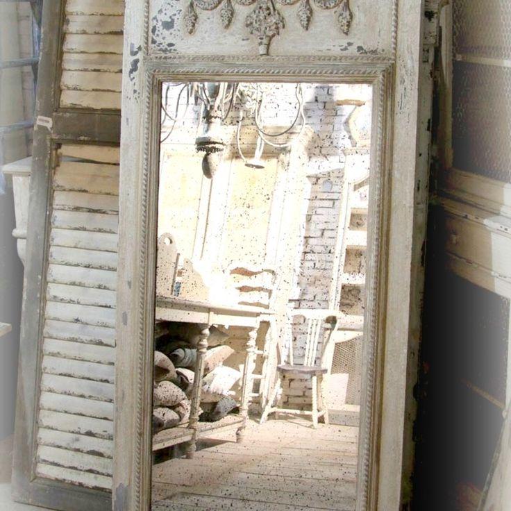 Spegel med decor - Fransk Gustaviansk stil