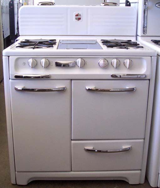 Best Old Stove Oven Images On Pinterest Vintage Kitchen - Reproduction kitchen appliances