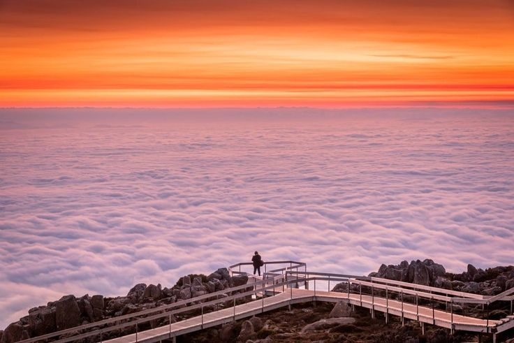 When clouds totally blanketed Tasmania.   25 Times Australia's Weather Was Batshit Insane In 2015