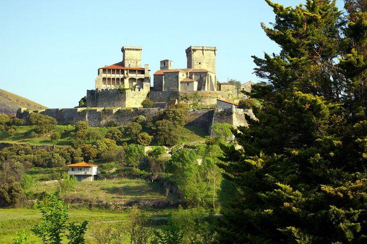 Castillo de Monterrey, Monterrei, Galicia, España