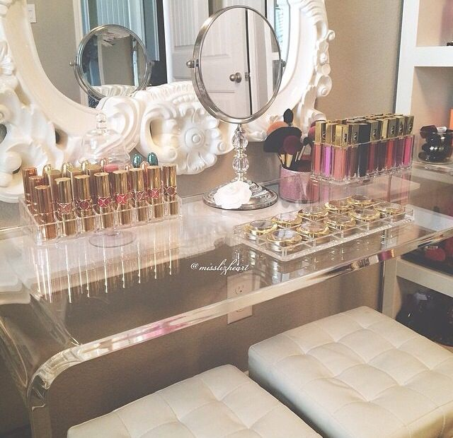 makeup vanity. organize makeup. makeup storage. makeup display. youtube background. beauty room. beauty room tour. chiclypoised.