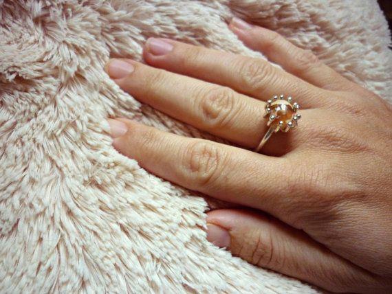 Opalo de fuego anillo en baño de plata ajustable. Boho. por Amanur