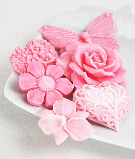 Spring Flowers In Pink Soap Set - Beautiful Decorative Flower Soap Gift Set via Etsy