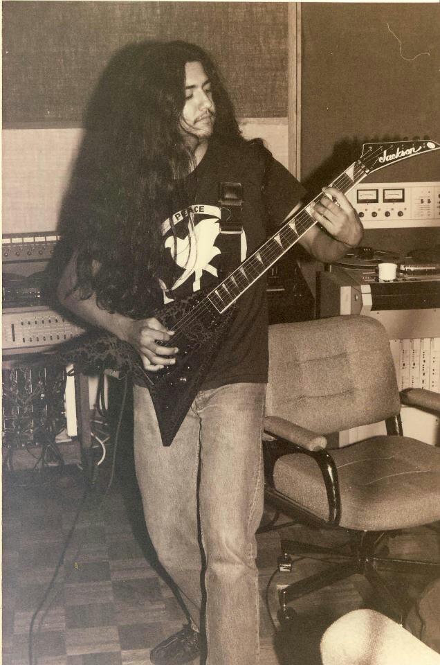 death metal hoy en la santana F37a999158fa855049a219ae60cf965e--death-metal-guitarist