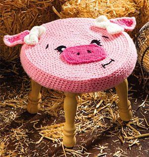 Farm Animal Stools: Pig - Magazine by Alessandra Hayden of Just Be Happy Crochet / Pigs - Animal Crochet Pattern Round Up - Rebeckah's Treasures
