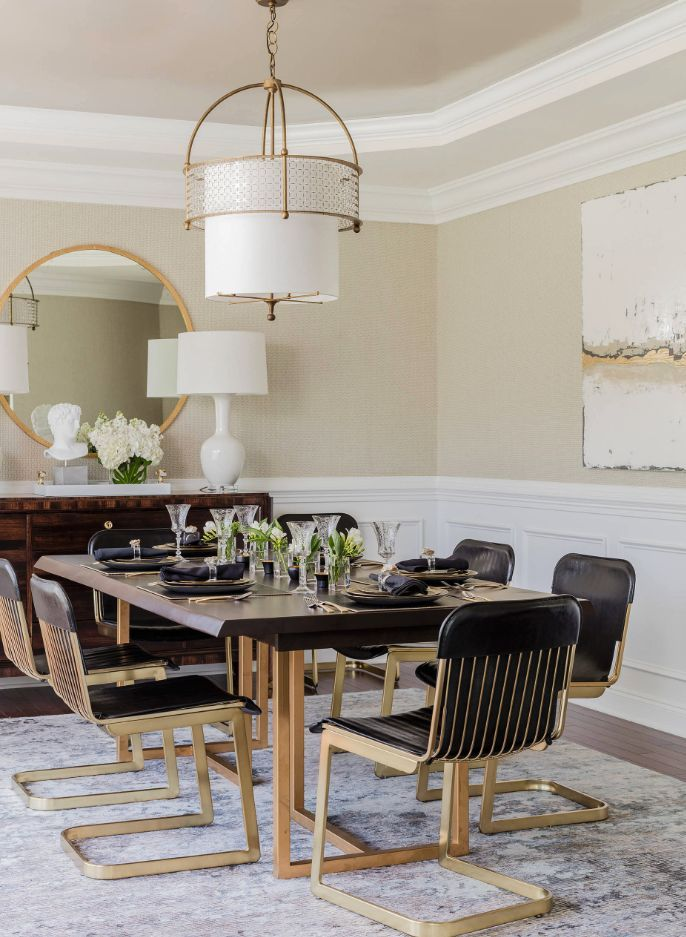 20 Ways To Style An Oversized Gold Round Wall Mirror Mirror Dining Room Rustic Dining Room Dining Room Design #round #living #room #mirror