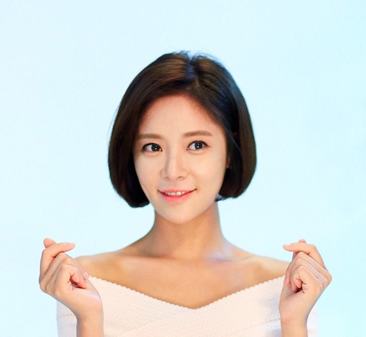 She Was Pretty's Hwang Jung Eum confirms February marriage with golfer Lee Young Don