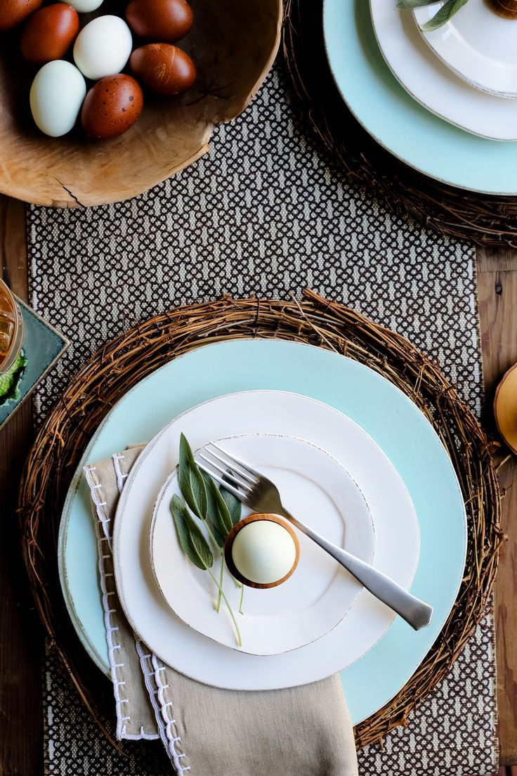 Lastra White and Lastra Aqua are the perfect match for springtime entertaining. Host a dinner party or enjoy a moment at the table with the family with the rustic yet contemporary designs of this dinnerware collection.